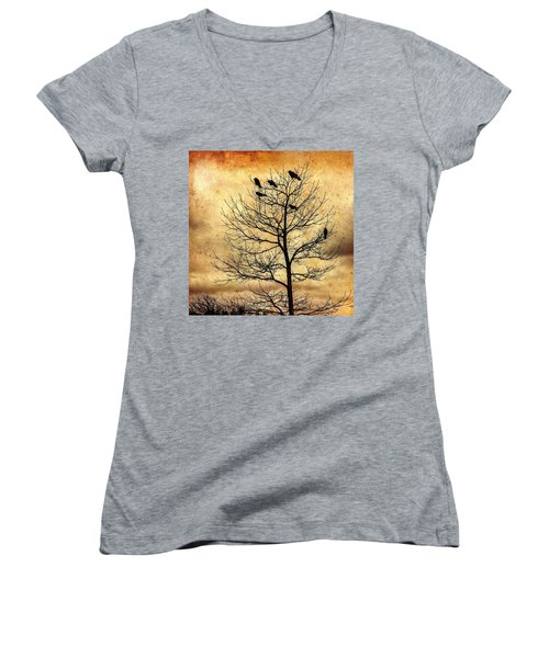 Women's V-Neck featuring the photograph Vintage Blackbirds On A Winter Tree by Roxy Hurtubise