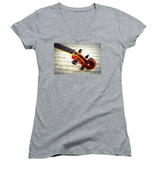 Violine Women's V-Neck (Athletic Fit)