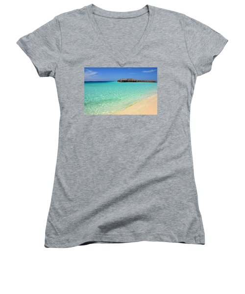 Warm Welcoming. Maldives Women's V-Neck (Athletic Fit)