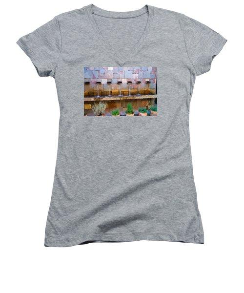 Water Art Women's V-Neck T-Shirt