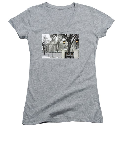 White House Christmas Women's V-Neck (Athletic Fit)