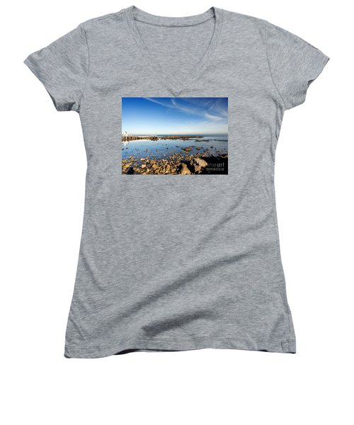 Women's V-Neck T-Shirt (Junior Cut) featuring the photograph Williamstown Beach by Yew Kwang