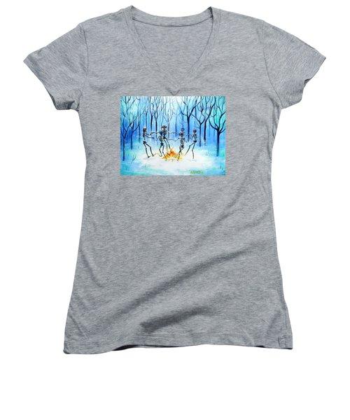 Wonderland Ring Women's V-Neck T-Shirt (Junior Cut) by Heather Calderon