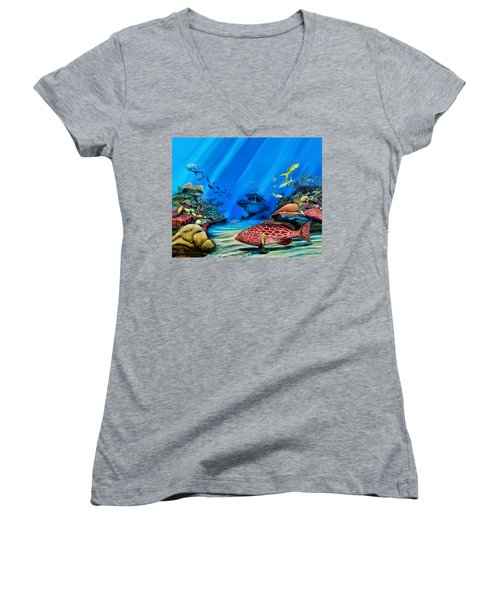 Yellowfin Grouper Wreck Women's V-Neck T-Shirt