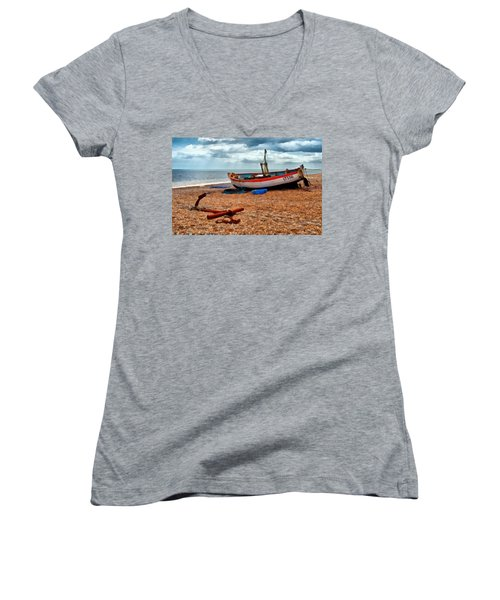 Aldeburgh Fishing Boat Women's V-Neck T-Shirt