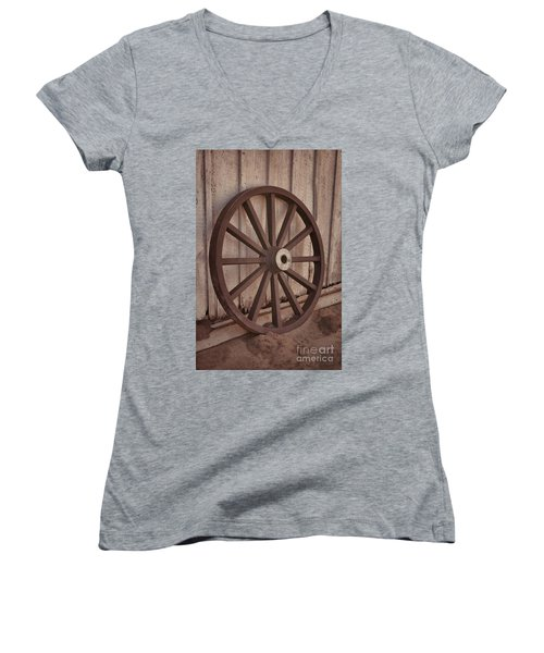 An Old Wagon Wheel Women's V-Neck (Athletic Fit)
