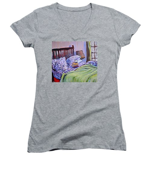 Bed And Books Women's V-Neck