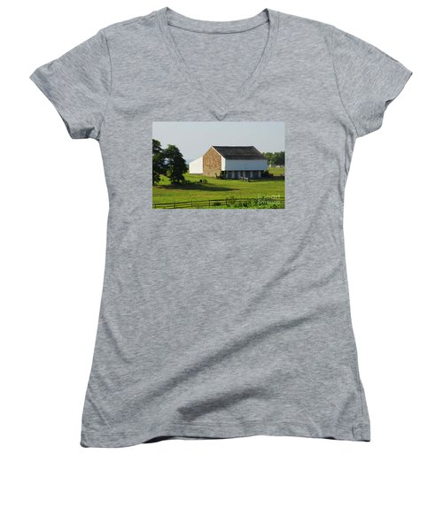 Women's V-Neck T-Shirt (Junior Cut) featuring the photograph Brian Barn At Gettysburg by Cindy Manero