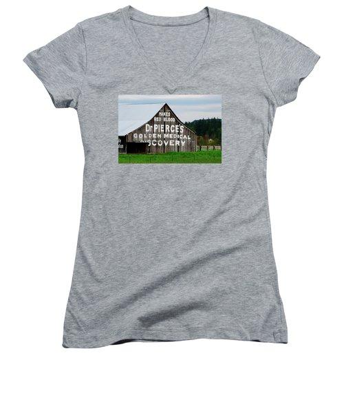 Dr. Pierce Barn 110514.98.1 Women's V-Neck T-Shirt