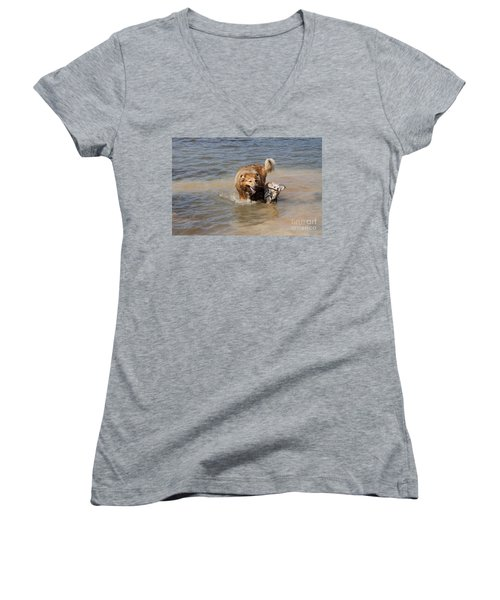 Women's V-Neck T-Shirt (Junior Cut) featuring the photograph Jesse And Gremlin Sharing by Jeannette Hunt