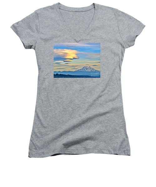 Lenticular Cloud And Mount Rainier Women's V-Neck T-Shirt (Junior Cut) by Sean Griffin