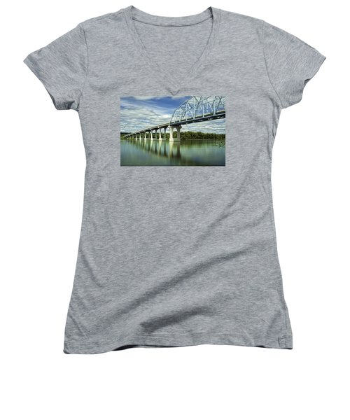 Women's V-Neck T-Shirt (Junior Cut) featuring the photograph Mississippi River At Wabasha Minnesota by Tom Gort