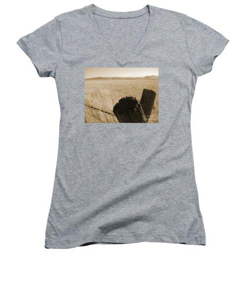 Montana Vista Women's V-Neck T-Shirt