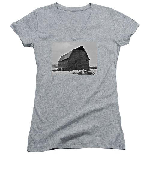 Women's V-Neck T-Shirt (Junior Cut) featuring the photograph Noble Barn by Eric Tressler