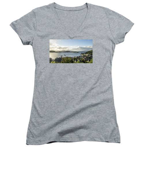 Oban Bay View Women's V-Neck T-Shirt