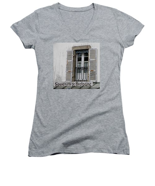 Souvenirs De Bretagne Women's V-Neck T-Shirt (Junior Cut) by Lainie Wrightson