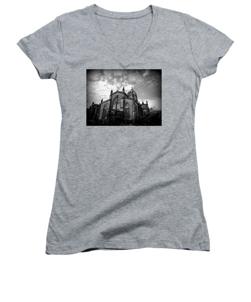 St Giles Cathedral Edinburgh Women's V-Neck T-Shirt (Junior Cut) by Ian Kowalski