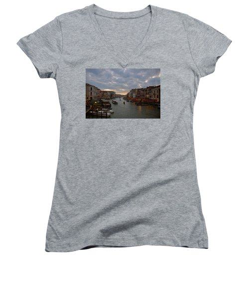 Sun Sets Over Venice Women's V-Neck T-Shirt (Junior Cut) by Eric Tressler