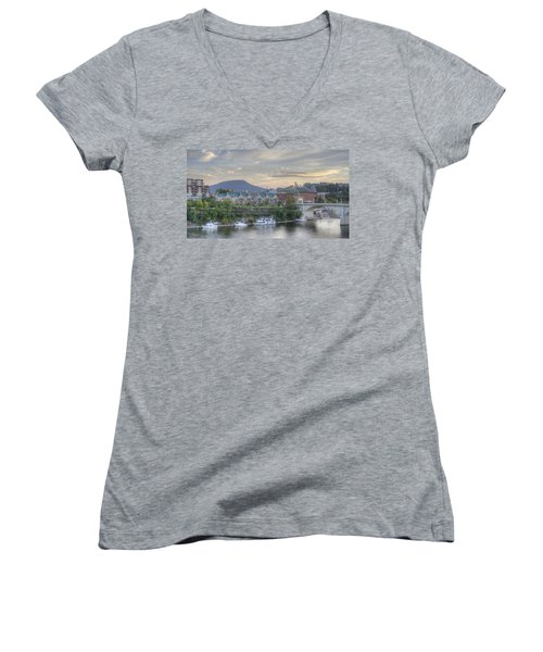 The Mountain Women's V-Neck (Athletic Fit)