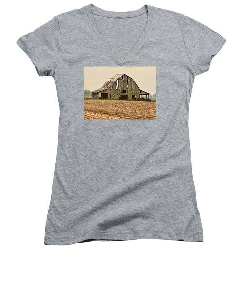 Women's V-Neck T-Shirt (Junior Cut) featuring the photograph Vanishing American Icon by Debbie Portwood