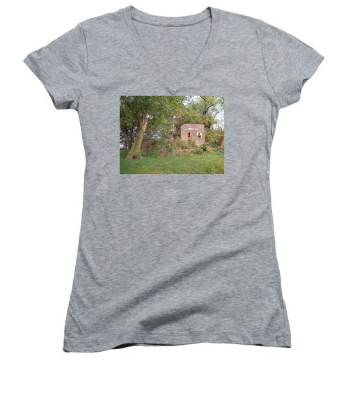 Women's V-Neck T-Shirt (Junior Cut) featuring the photograph Walnut Grove School Ruins by Bonfire Photography