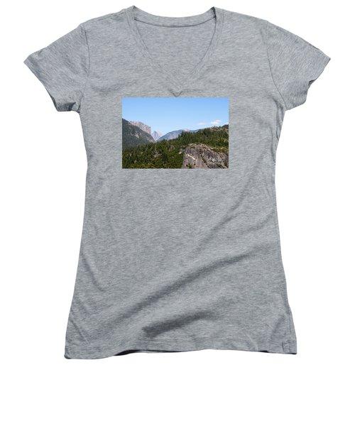 Yosemite Women's V-Neck