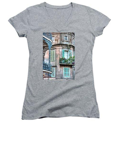 0254 French Quarter 10 - New Orleans Women's V-Neck T-Shirt