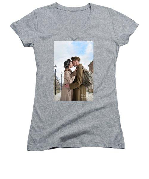 1940s Lovers Women's V-Neck T-Shirt