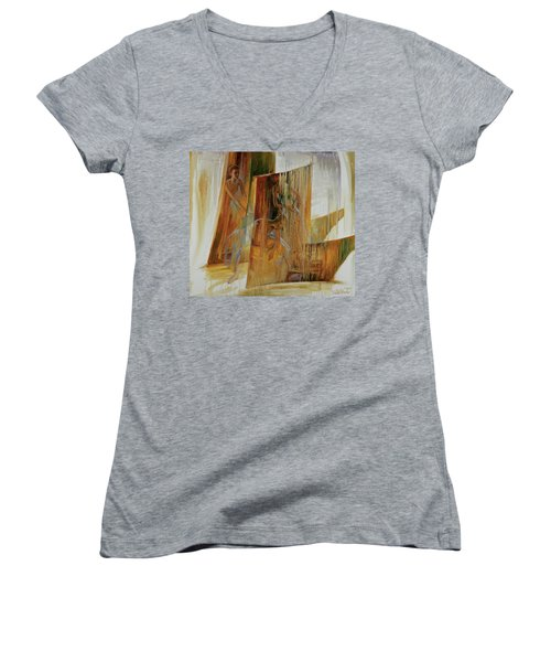 Ba-ll-et Women's V-Neck T-Shirt