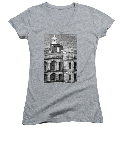 Women's V-Neck T-Shirt (Junior Cut) featuring the photograph Battery Weed At Fort Wadsworth Nyc by Susan Candelario