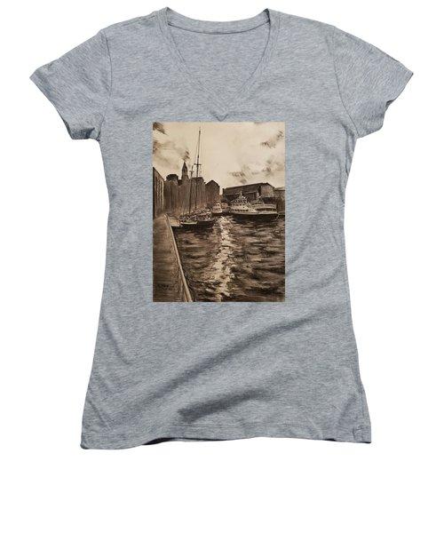 Boston Harbor Women's V-Neck T-Shirt