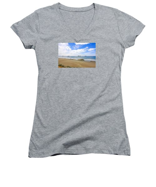 California Coastline Women's V-Neck T-Shirt