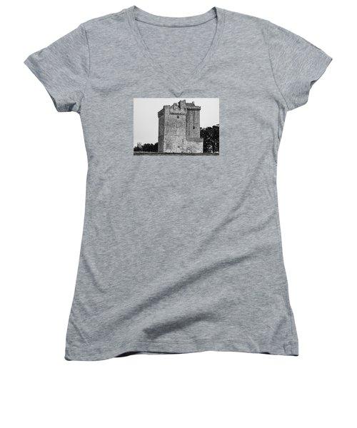 Clackmannan Tower Women's V-Neck T-Shirt (Junior Cut) by Jeremy Lavender Photography