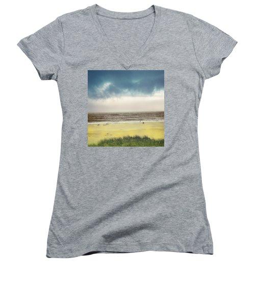 Clearing Storm Montauk Women's V-Neck
