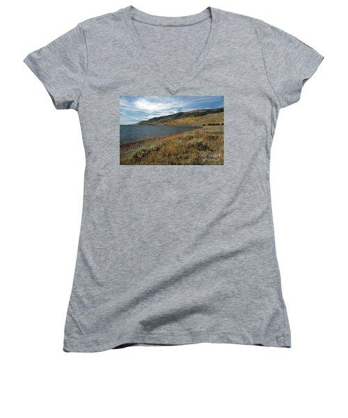 Fish Lake Ut Women's V-Neck T-Shirt