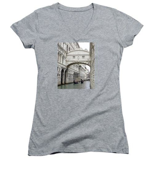 Gondolas Going Under The Bridge Of Sighs In Venice Italy Women's V-Neck T-Shirt