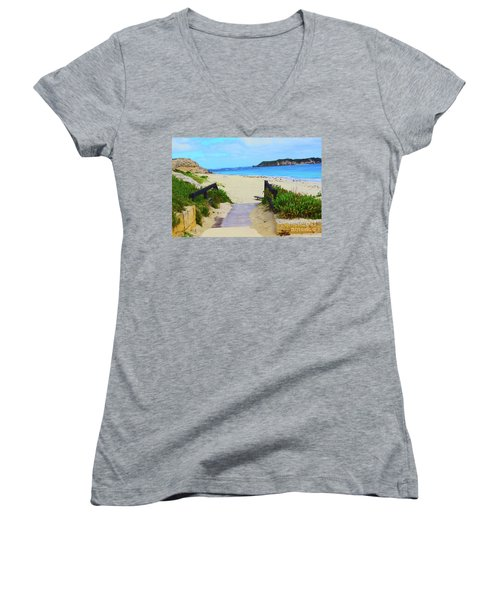 Hamelin Bay Women's V-Neck T-Shirt