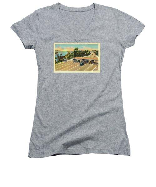 Henry Hudson Bridge Postcard  Women's V-Neck T-Shirt