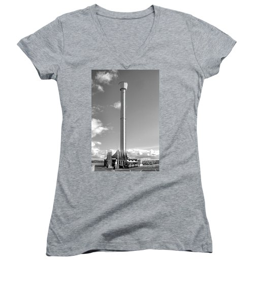 Jurassic Skyline Eye Tower  Women's V-Neck T-Shirt (Junior Cut) by Baggieoldboy