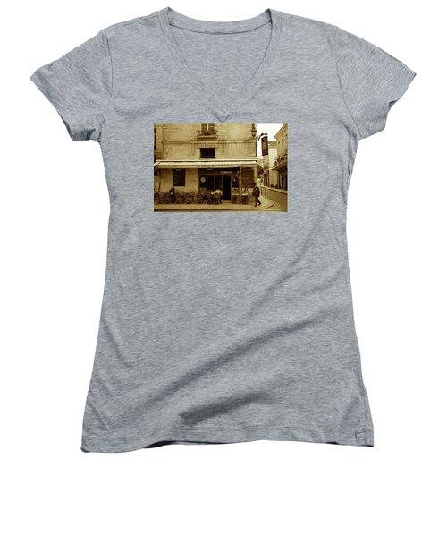 Le Sevigne Women's V-Neck T-Shirt