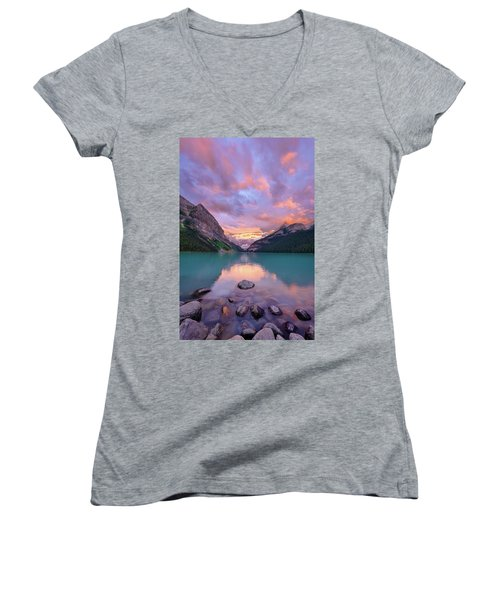 Mountain Rise Women's V-Neck
