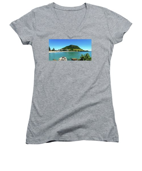 Mt Maunganui Beach 7 - Tauranga New Zealand Women's V-Neck