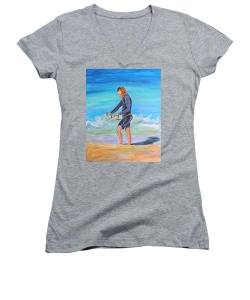 Noah Women's V-Neck T-Shirt