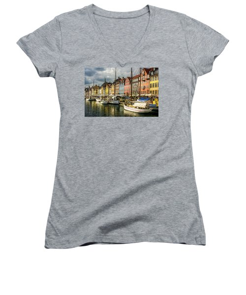 Nyhavn Women's V-Neck T-Shirt