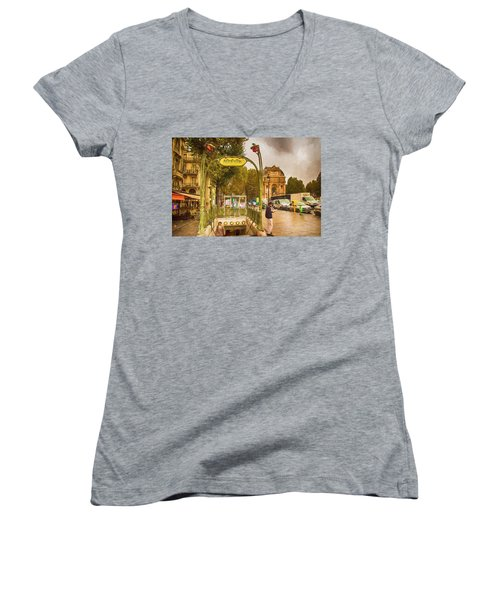 Place St. Michel Women's V-Neck