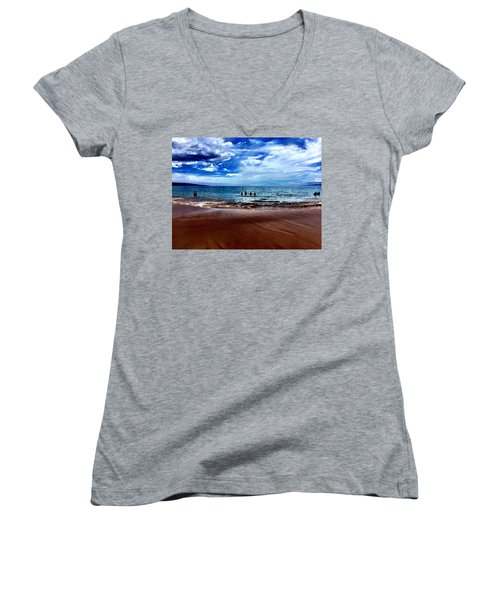 Women's V-Neck T-Shirt (Junior Cut) featuring the photograph Relax by Michael Albright
