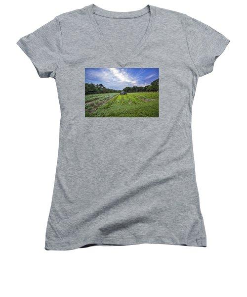 Reo Speedwagon Women's V-Neck T-Shirt
