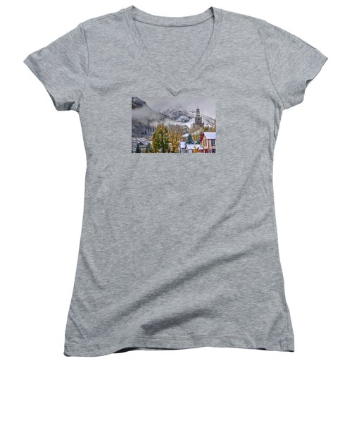 Silverton Colorado Women's V-Neck T-Shirt (Junior Cut)