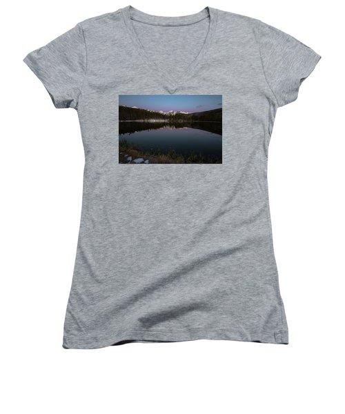 Sprague Lake Women's V-Neck