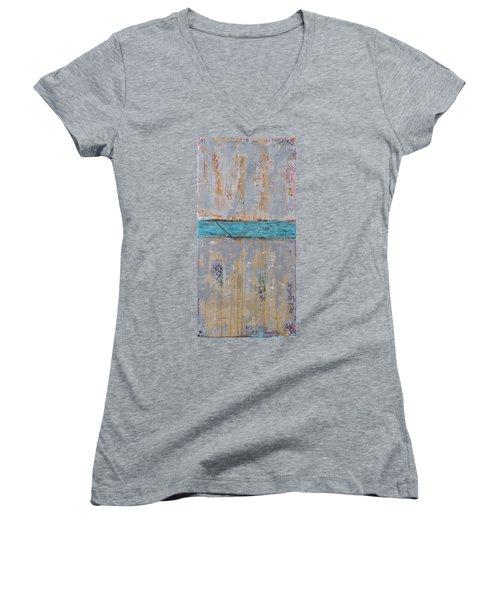 The Crossing Women's V-Neck T-Shirt